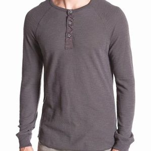 Lucky brand lived in thermal henley men's size L